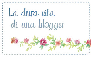 La dura vita di una blogger | Book blogger essentials