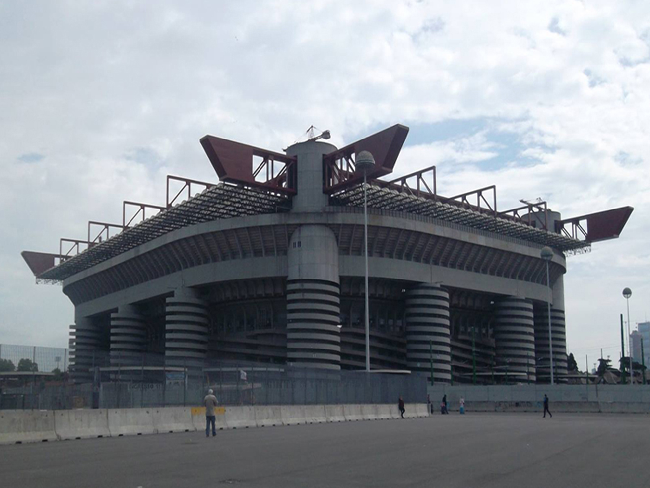 san siro, the san siro, san siro stadium, ac milan stadium, inter milan stadium, tour of san siro, things to see in Milan, things to do in Milan