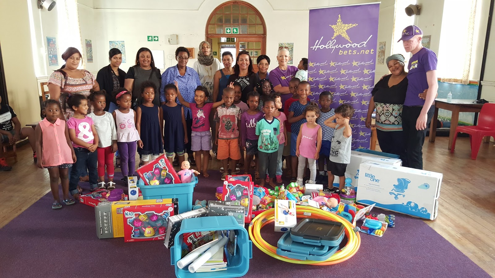 Groote Schuur Hospital Creche - Grotties Childcare Centre received stationery and toys from Hollywoodbets Sea Point