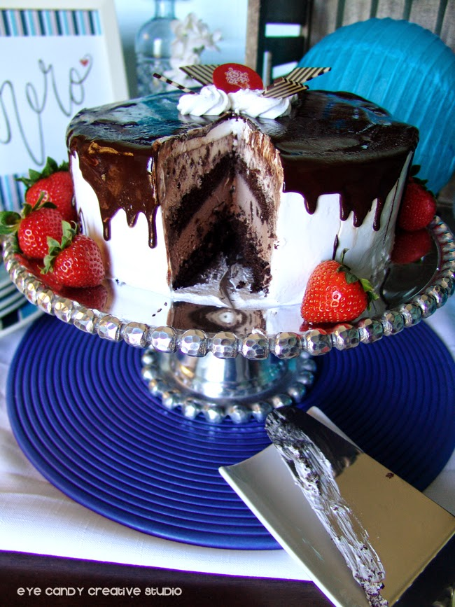 slice of ice cream cake, cold stone, strawberries, cake stand, blue decor