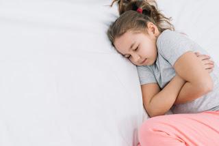 Co zrobić, gdy dziecko się odkrywa?