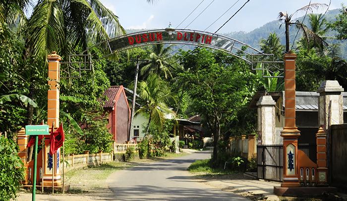Gapura Masuk Dusun Dlepih