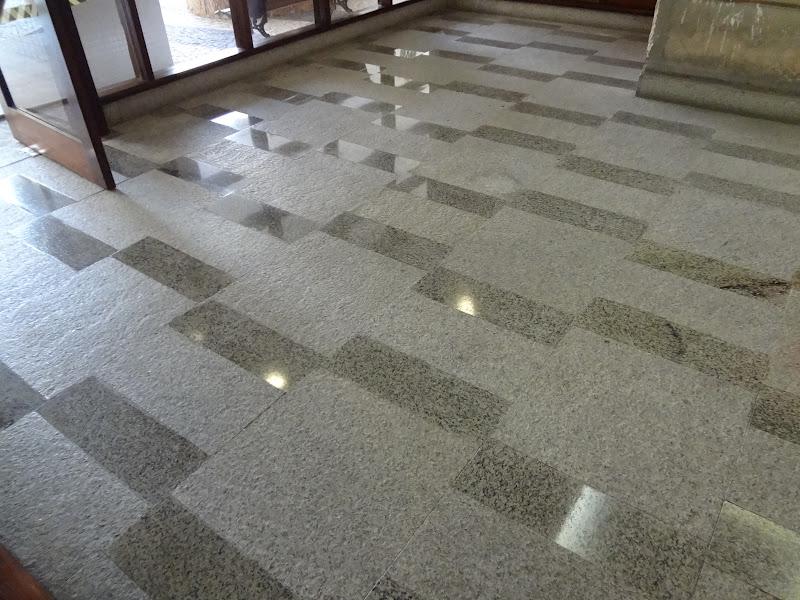Impermeabiliza o piso paredes granito liso e rustico com for Pisos de granito