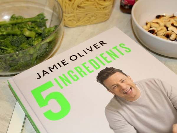 Review | Jamie Oliver 5 Ingredients - Quick & Easy Food