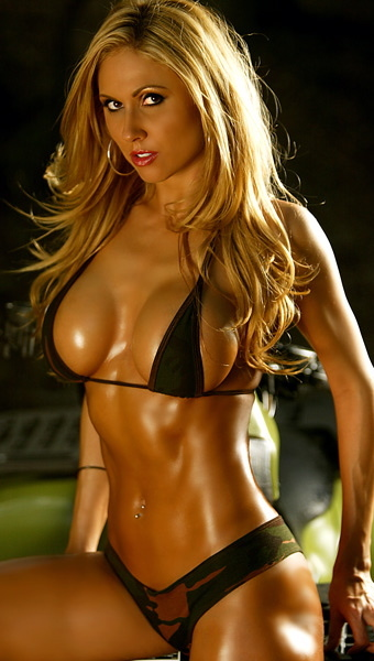 Top 10 Hottest Fitness Models