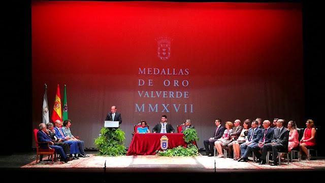 Entrega Medallas de Oro 2016 de Valverde del Camino