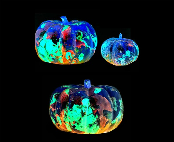 GALAXY PUMPKINS- out of this world pumpkin decorating for kids!