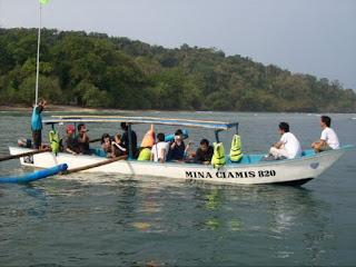 perahu wisata bahari pangandaran