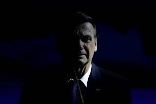 """Estadão alerta que Bolsonaro """"ameaça"""" o país com golpe"""