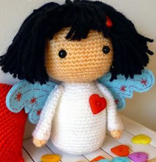 http://lacalledelaabuela.blogspot.com.es/2015/02/mi-pequeno-angelito-amoroso.html