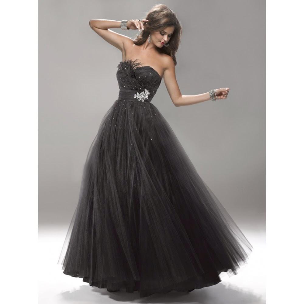 2220a4124d2bb Straplez tarzı prenses etekli bir siyah gece elbisesi modeli ile  başladığımız bu yazıda farklı model ve tarzlardaki siyah abiye elbise  modelleri arasında ...