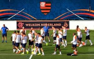 O clube cedeu a Gávea para que a Holanda fizesse toda a sua preparação para  a Copa do Mundo e teve como vantagem 7348959a9af56