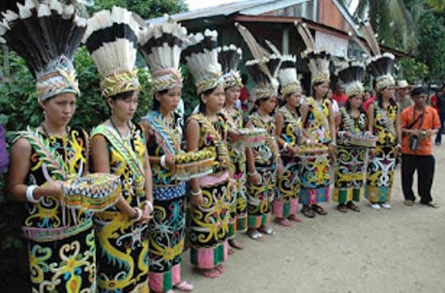 Sejarah Awal Adanya Suku Dayak di Indonesia