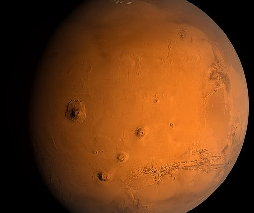 Scientists discover evidence of recent water flows on Mars