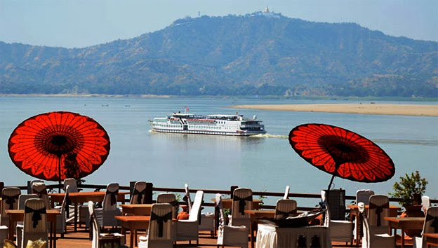 Bagan floating hotel on the Irrawaddy