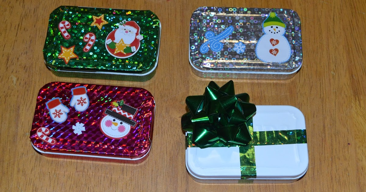 The Almost Domestic Goddess: DIY Holiday Gift Card Holders