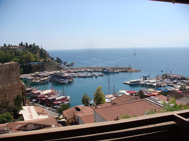 Antalya tarihi liman manzarası