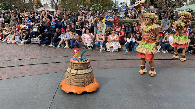 Moana and Maui Magic Happens Float
