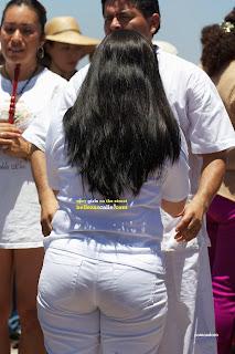 mujeres-transparentando-calle