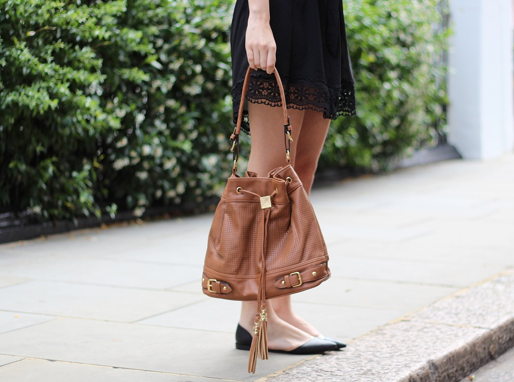 peexo fashion blogger bucket bag