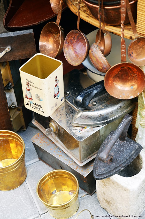 Objetos vintage de metal