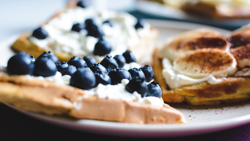 Waffles with Blueberries and Banana HD
