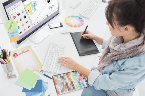 Menghasilkan Uang dari Hobi Desainer