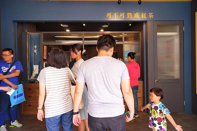 DSC00985 - 熱血採訪│超人氣KEBUKE可不可熟成紅茶逢甲店新開幕,網美文青拍照飲料店