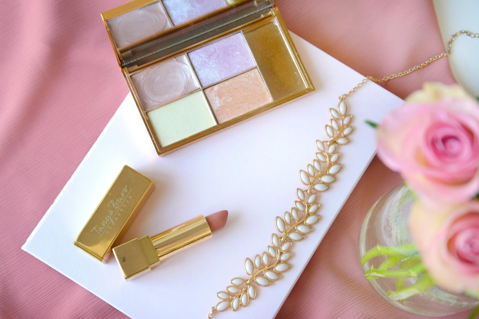Tanya Burr Lipstick Pink Cocoa; Primark Necklace; Fresh Pink Roses; Sleek Solstice Highlighting Palette