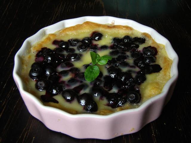 bia%25C5%2582a1 Tartaletki z jagodami i białą czekoladą