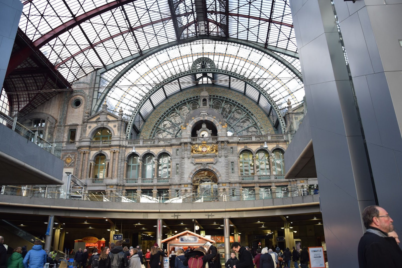 Antwerpia dworzec