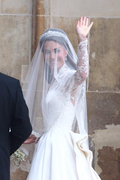 Art Tattoos Design Royal Wedding Jewelry Catherine Wears Cartier