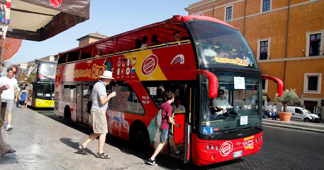 Informações sobre os ingressos para o ônibus Hop on Hop off em Roma