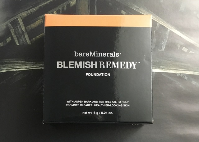 Bare Minerals Blemish Ready Foundation (bellanoirbeauty.com)