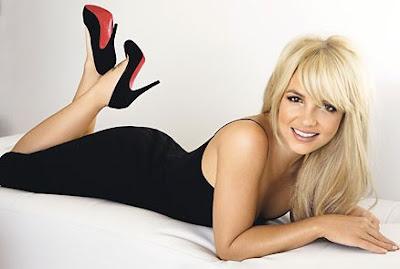 Foto de Britney Spears en una cama