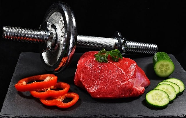 how food complements fitness regime healthy meals exercise post-workout protein nutrition