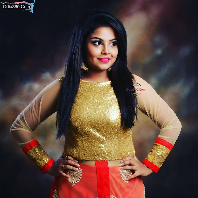 Alaka Sarangi Images, Photos, Wallpapers