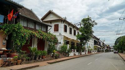 Khem Khong road