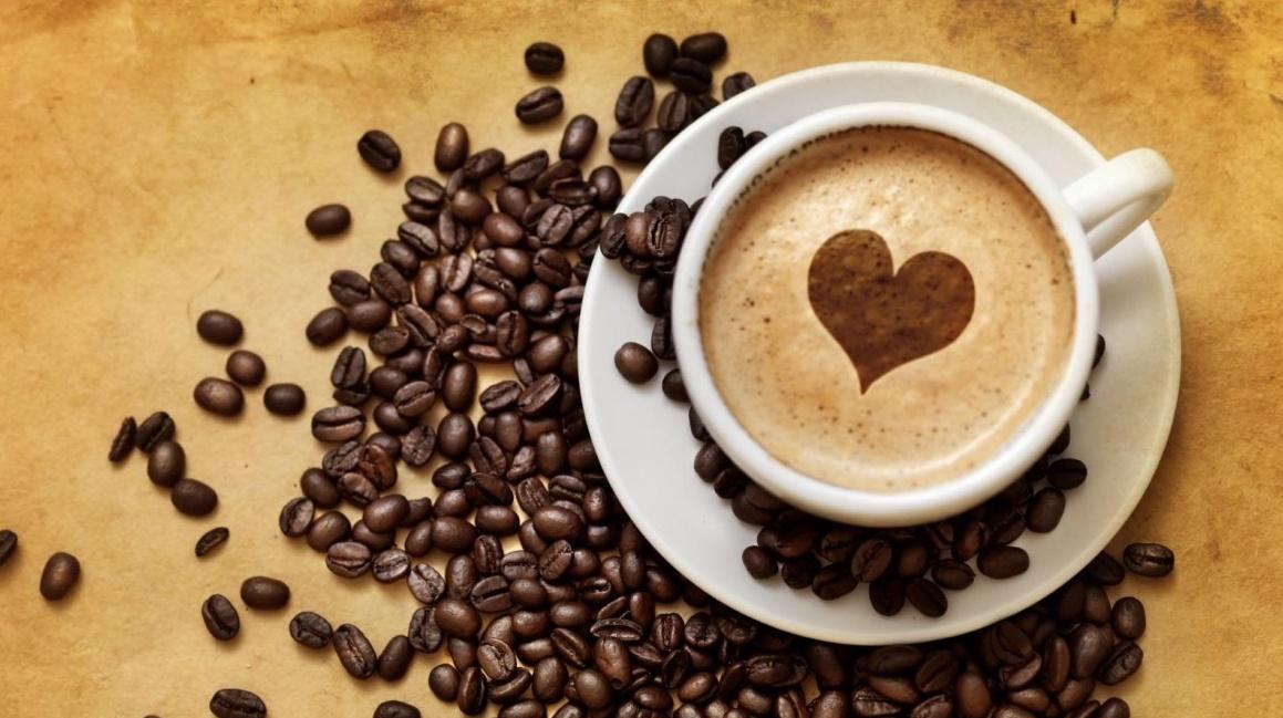 Una tazzina di caffè fa bene a cuore e cervello