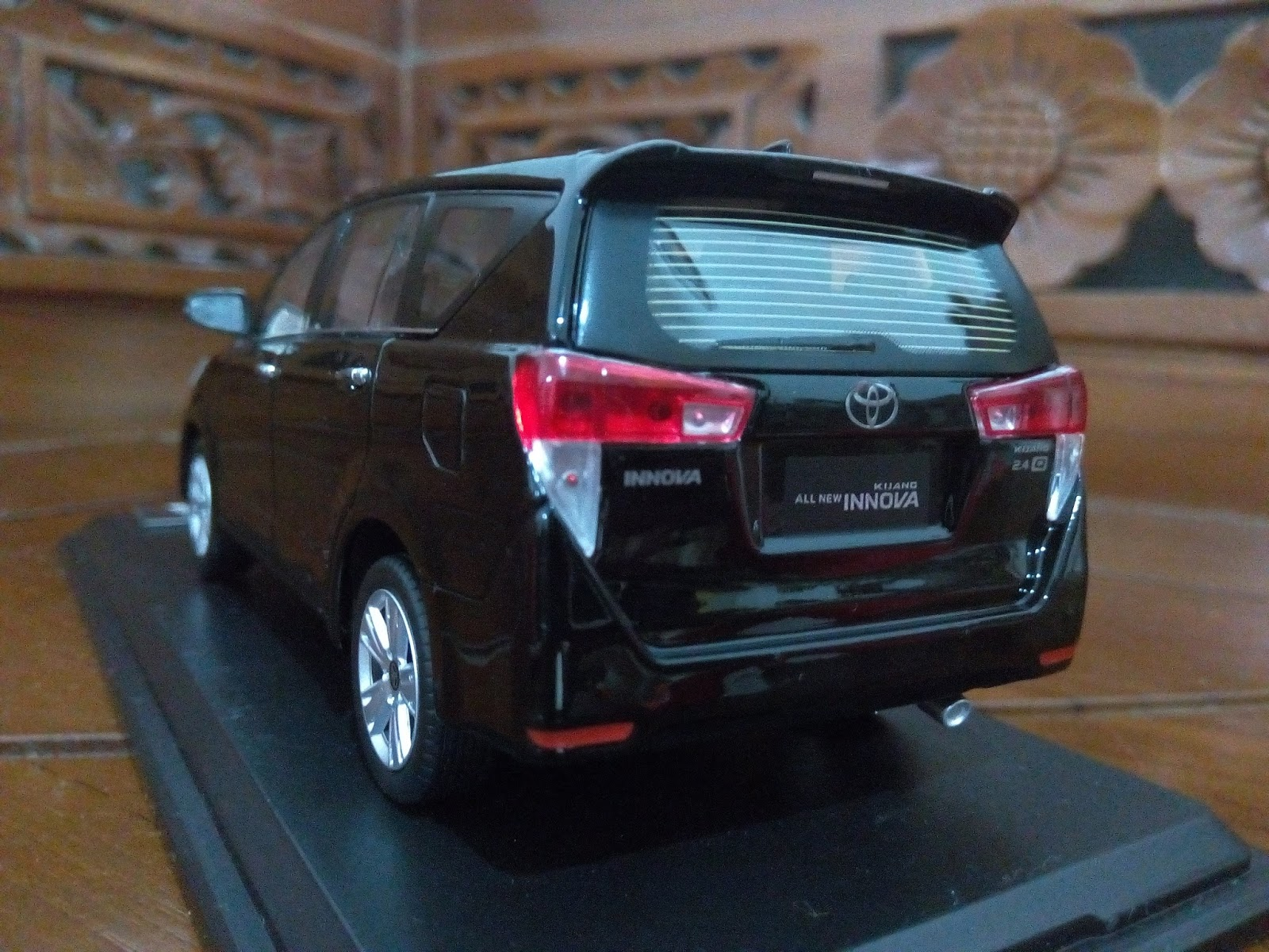 New Kijang Innova Spesifikasi Toyota Yaris Trd Sportivo Bekas 2016 Miniatur Diecast Mobil