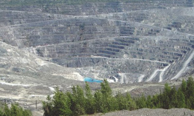 asbestos mining and history education