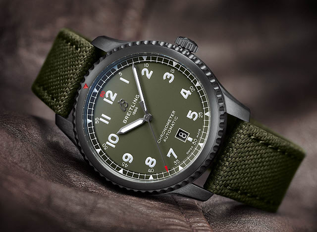 Breitling Aviator 8 Automatic 41 Curtiss Warhawk Ref. M173152A