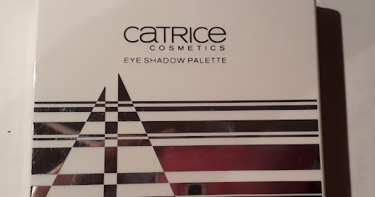 "Review Eyeshadow Palette LE ""Travelight Story"" Catrice"