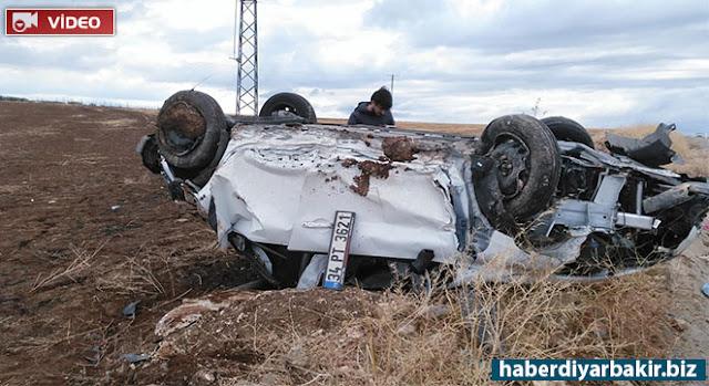 DİYARBAKIR-Diyarbakır'ın Çınar ilçesi çıkışında seyir halinde olan bir otomobilin, sürücüsünün direksiyon hakimiyetini kaybetmesi sonucu takla atarak devrildiği kazada bir kişi yaralandı.