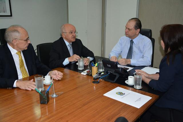 CIDADES Governador José Melo obtém recursos adicionais de R$ 30 milhões no Ministério da Saúde