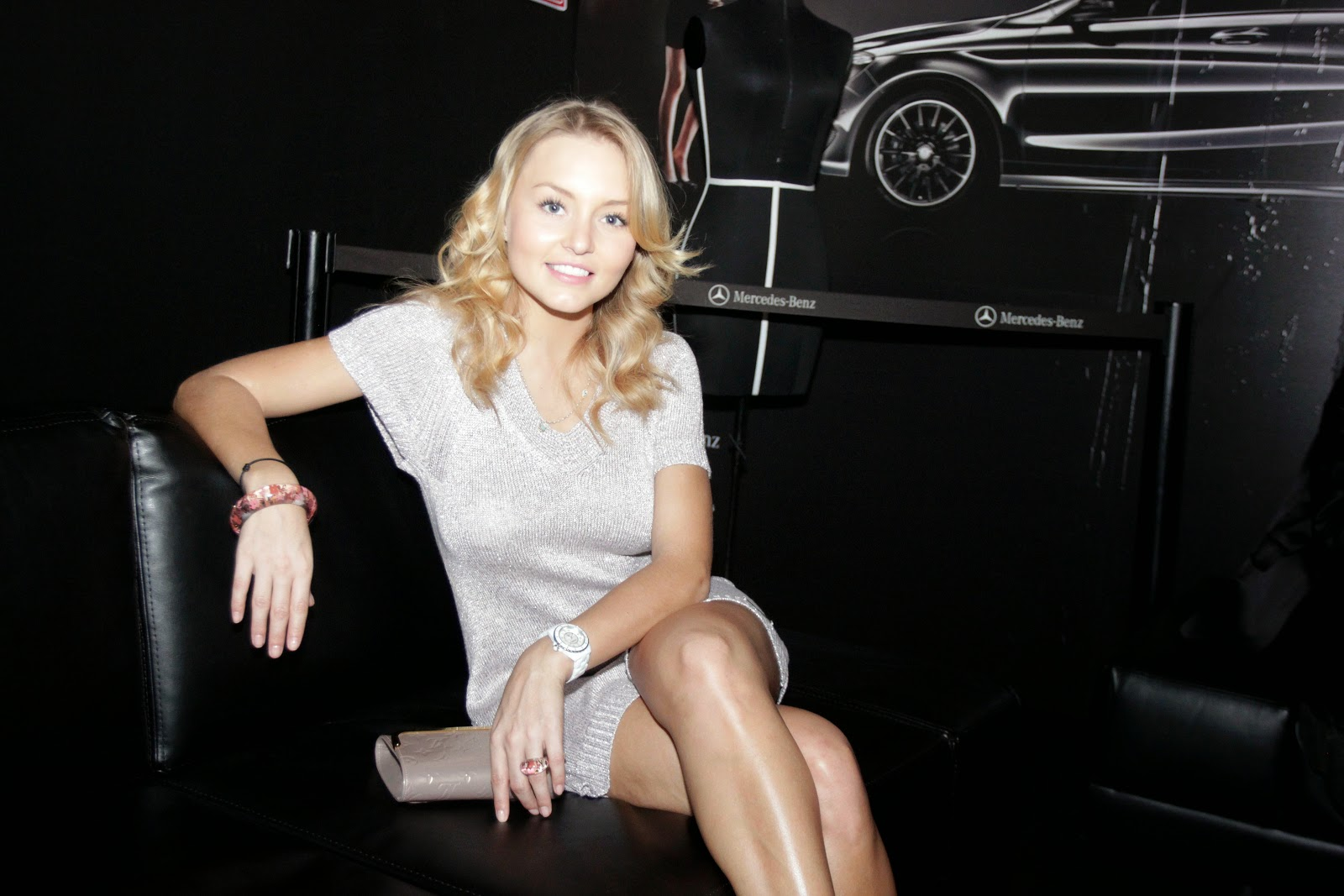 Mexican actress Angelique Boyer HD Pictures | HD Wallpapers of Angelique Boyer