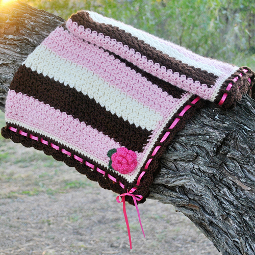 Dainty Textured Baby Blanket - Free Pattern
