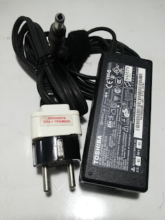 Jual Adaptor TOSHIBA 19V - 3,42A Bekas Original