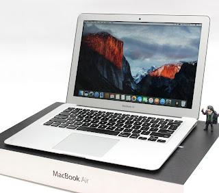 MacBook Air 2013 core i5 bekas di malang