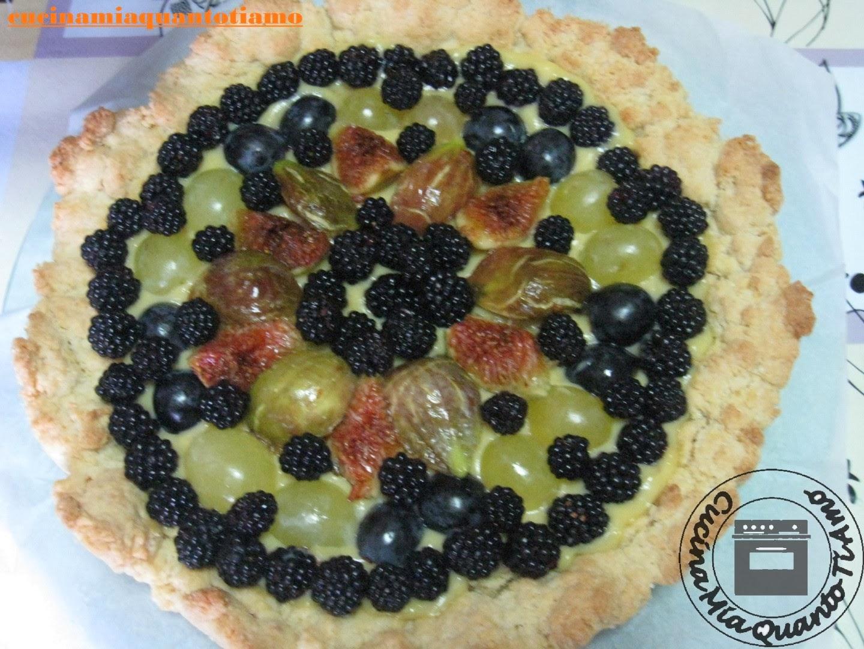 sbriciolata frutta fresca